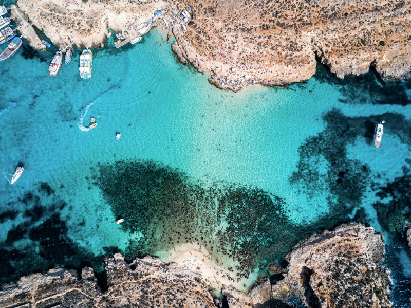 malta - blauw water