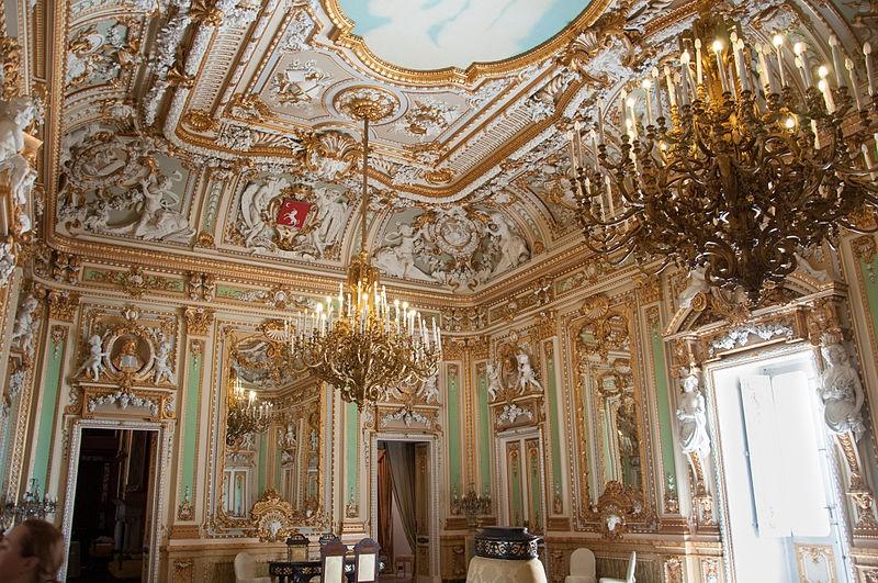 palazzo-parisio