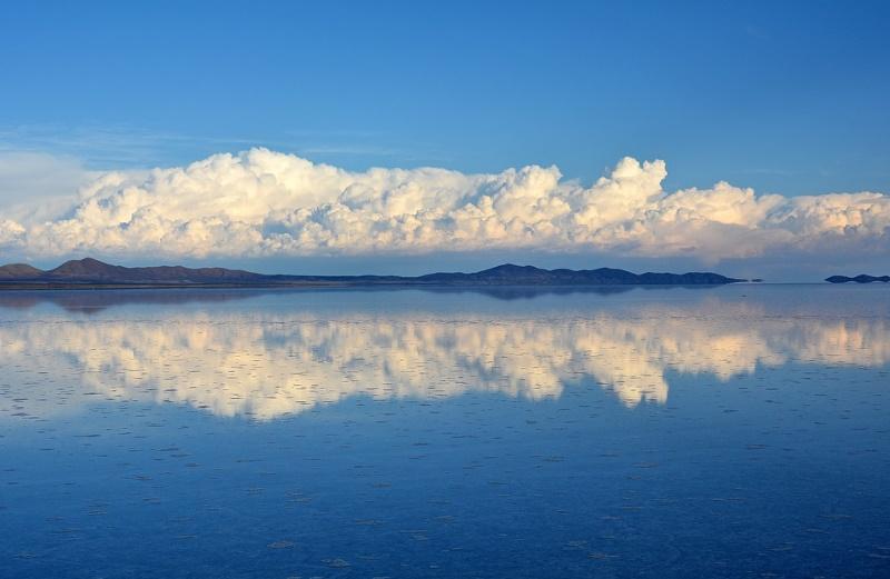 Salar de Uyuni grootste zoutvlakte
