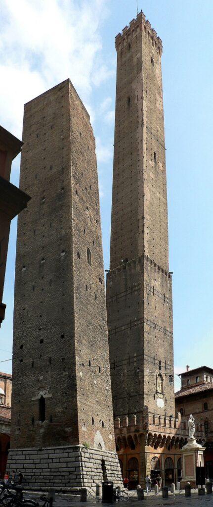 scheve torens van bologna