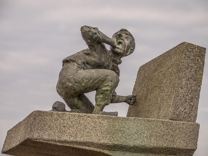 held van haarlem standbeeld