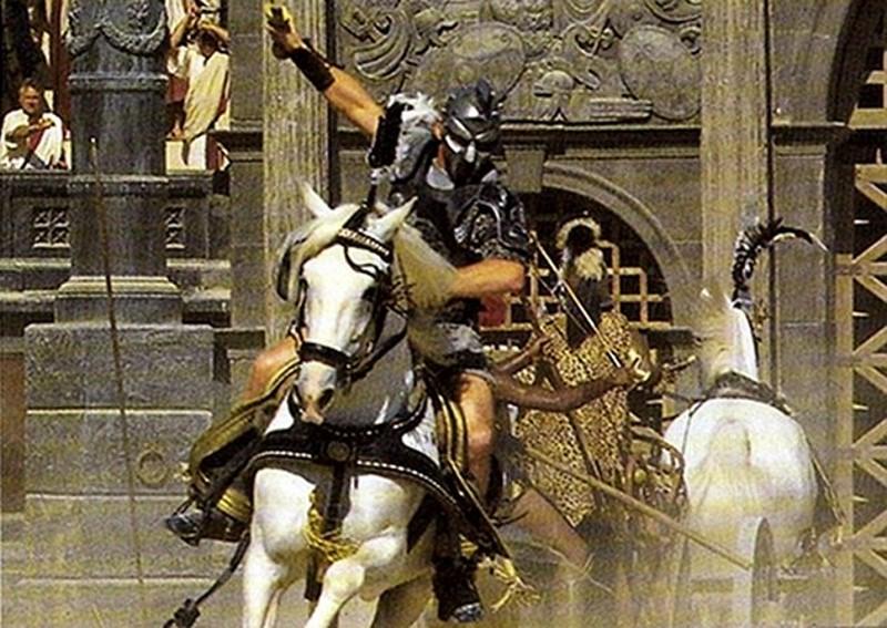 equites - gladiatoren op paarden