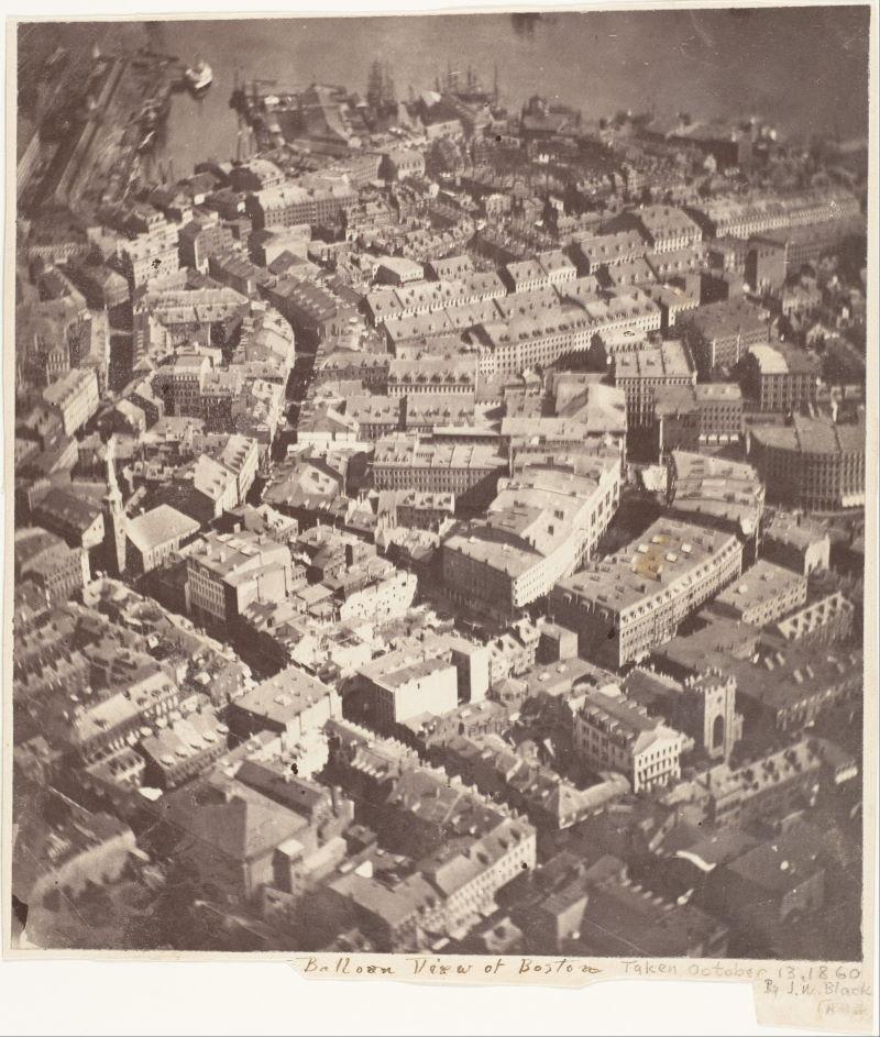 eerste luchtfoto