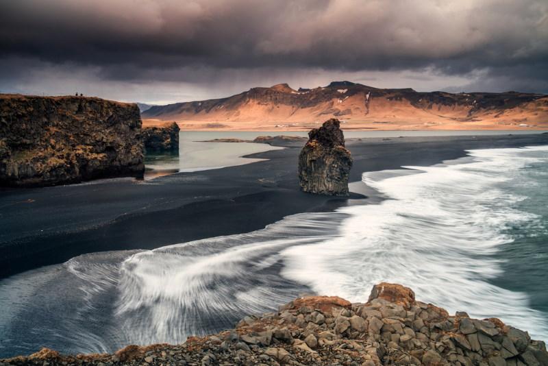 vik ijsland zwart strand