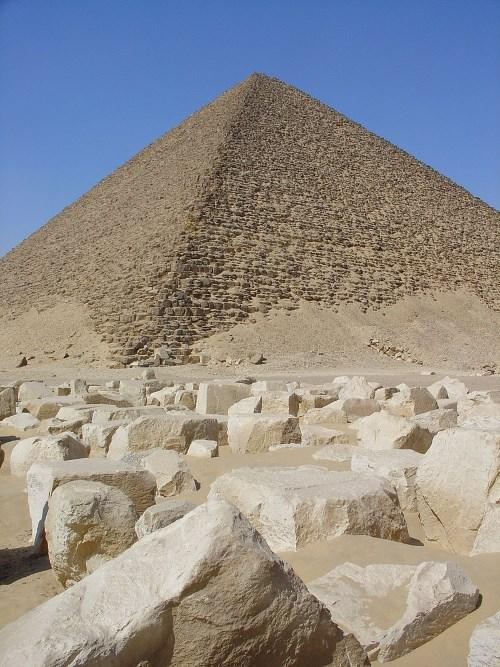 De Rode piramide van Snofroe