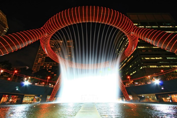 Fountain-of-Wealth-Singapore-vichie81