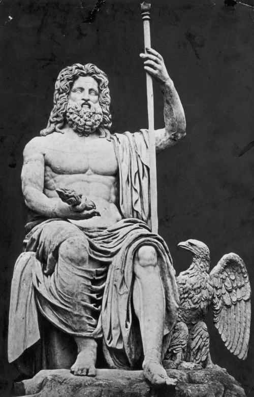 Afbeeldingsresultaat voor romeinse god jupiter