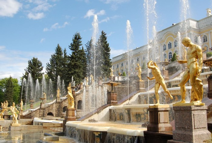 Palace-van-Peterhof-Alexey-Julia-Shtokalo