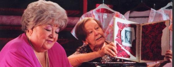 Pauline en Paulette (2001)